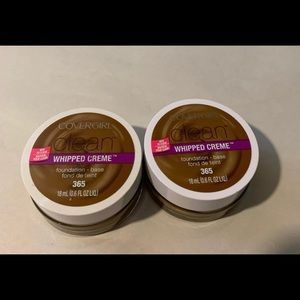2-Covergirl Whipped Cream Foundation Tawny-365